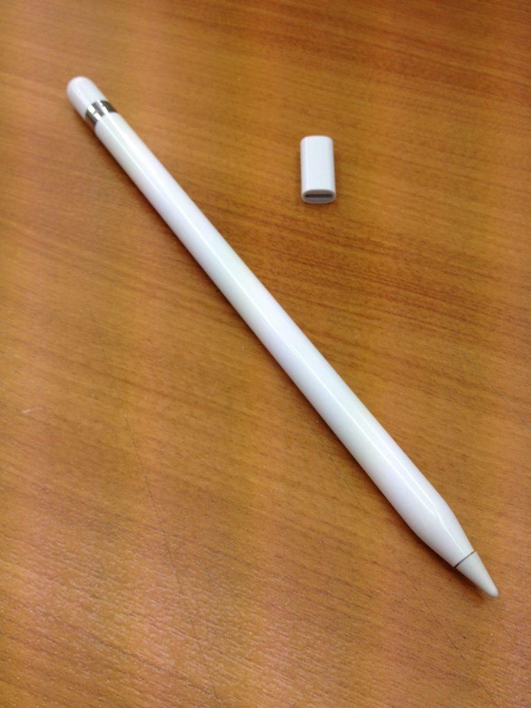 アップルペンシルと付属品