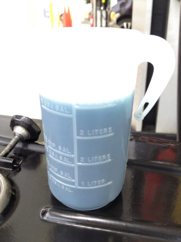 ベスパET3は給油のときに必ず2ストオイルを入れます